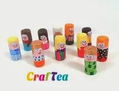 DIY Kids Craft - Tiny Cork Play People. Perfect for the mama that likes to drink wine too! Pop open a bottle and pass the cork to the kids!