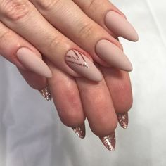 Nails Art Ideas // Nail Designs // Fashion And Beauty Ideas Stylish Nails, Trendy Nails, Nude Nails, Pink Nails, Hair And Nails, My Nails, French Manicure Gel, Claw Nails, Nailed It
