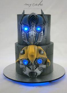 Transformers cake День Рождения В Стиле Трансформеров, Торт В Стиле Трансформеров, Красивые Торты, Восхитительные Торты, Вечеринка На День Рождения В Стиле Трансформеров, Торт Супергерои, Торты C Персонажами, Детские Торты, Торты На День Рождения Девочки