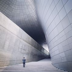 """""""Cosmic"""" by @seoulite121  . _  MEMBER's FEATURE . _ This glorious shot belongs to our valued Member of @diagonal_symmetry and one of IG's most talented iphonographers Jovi @seoulite121 from South Korea. Also it is our first of three shots in celebration of the inspirational work of late architect Dame Zaha Hadid and is our great pleasure to feature on Jovi's behalf today  . _ The shot was taken at Dongdaemun Design Plaza a major urban development landmark in Seoul South Korea with a…"""