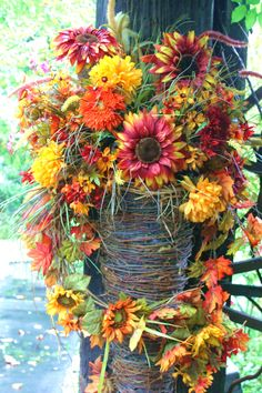 There are so many gorgeous fall decorations at Silver Dollar City's Harvest Festival!