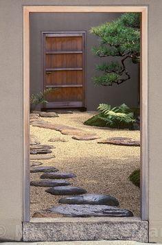 Ohira House. Tondabayashi garden - gardener Gyoko Osumi and architect Akira Sakamoto.