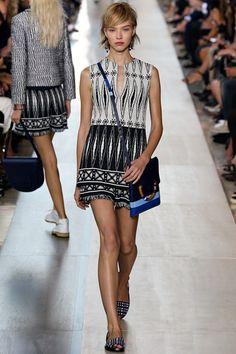 41f6cbfe40d Sfilata Tory Burch New York - Collezioni Primavera Estate 2015 - Vogue  Runway Fashion