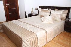 Luxusné béžové prikrývky na posteľ