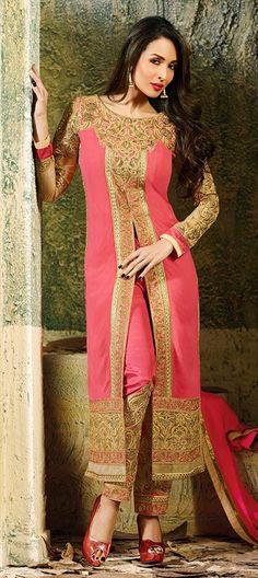 Malaika Arora in designer Salwar Kameez! #MalaikaArora