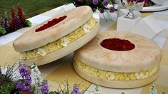 Chelsea Flower Show 2015 - Giant Jammy Dodgers made of flowers