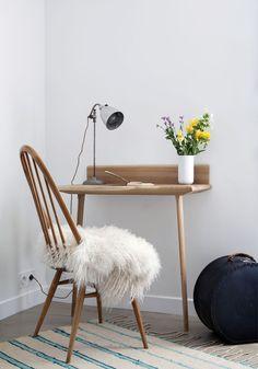 Henriette hotel paris Small Space Romantic Work Space in Room