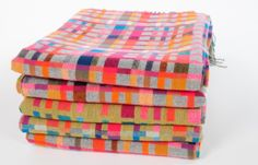 love these bright throws by Holly Berry!  must get one for my living room.
