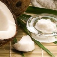 Coconut Oil Coconut oil might just be the most versatile health food on the planet. Not only is it my favorite cooking oil, but coconut oil uses are numerous and can extend to being a form of natural medicine, be…Read more → Coconut Oil For Dogs, Coconut Oil Uses, Coconut Oil For Skin, Coconut Water, Coconut Milk, Coconut Lotion, Coconut Health Benefits, Oil Pulling, Tips Belleza