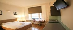 Serviced apartment - Inverness Terrace is in an ideal location between Holland Park Gardens and central London and close to Kensington Gardens and Hyde Park.