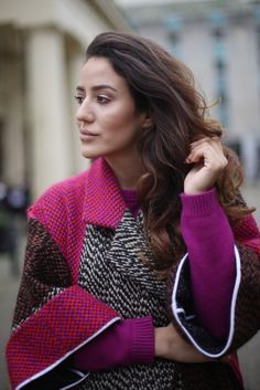 Portrait wearing the most gorgeous Fendi coat, check it out on my blog!