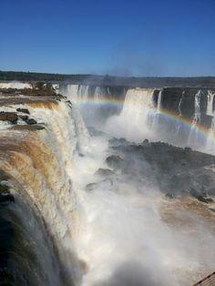 Cataratas do Iguaçu em Foz do Iguaçu, Paraná- Brasil / Waterfalls of Iguaçu in Foz do Iguaçu, Parana - Brazil