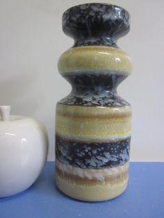 Haldensleben Vase in ausgefallener Form 60er von Designclassics24