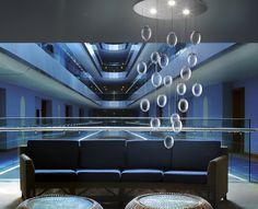 Prosecco lightdrops. #crystal #ceilinglamp #deMajoIlluminazione #ModernLighting