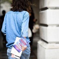 Denim on Denim ©Le21éme #catchatrend #denim #fashionweek #streetstyle #adamkatzsinding #denimondenim