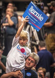 https://flic.kr/p/uBCnmq | Bernie Sanders Rally, Madison, Wisconsin 7/1/15.