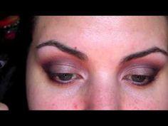 ▶ Laura Mercier Artist Palette 2 Tutorial! Need to try this eye look. - YouTube