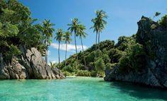 Informasi seputar penjelajahan alam terbuka Raja Ampat di Pulau Misool