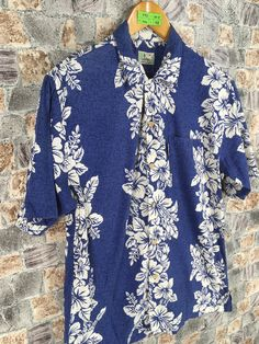 Excited to share the latest addition to my #etsy shop: Vintage Hawaiian Cotton Shirt Mens Medium 1980s Hawaii Coconut Tree Aloha Tropical Floral Oahu Blue Shirt Button Up Size M #vintagemensurfs #alohatropical #60shawaiian #tikihonoluluhawaii #coconuttreehawaii #sailinghawaiishirt #floralhawaiishirt #cottonhawaiishirt #reynspoonerhawaii Vintage Hawaiian, Flannel Shirt, Oahu, Vintage Men, 1980s, Button Up, Coconut, Tropical, Take That