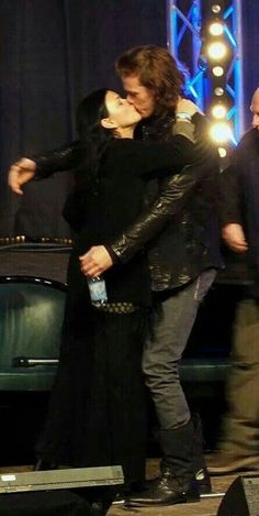 I really thought Sam and Caitirona were a couple. I loved them together, but Sam is dating someone else and Cait is engaged. Bumper!