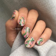 """116 Likes, 1 Comments - Massiel (@mvargas_nails) on Instagram: """"""""Bloom where you are planted """" /details hand painted/ #springnails"""""""