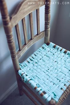 DIY woven chair seat - this makes buying old chairs with messed up seats much more appealing for redo's :D woot