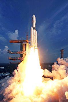 Índia lança maior foguete de sua história espacial