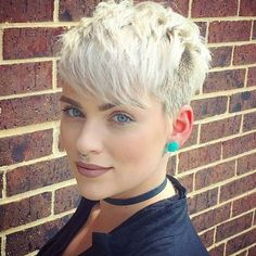 Trending Hairstyles 2019 – Short Pixie Hairstyles - EveSteps Pixie hairstyles are modern hairstyles and many women no matter what their age are keeping their hair short. Short hair is not enough for any woman, Blonde Haircuts, Short Pixie Haircuts, Hairstyles Haircuts, Cool Hairstyles, Hairstyle Ideas, Haircut Short, Haircut Styles, Hair Ideas, Ladies Short Hairstyles