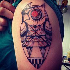 Robot owl. Blade runner inspired. #art #artist #tattoo #tattoos #tattooart #tattooartist #tattoodesign #owl #owltattoo #armtattoo #geometric...