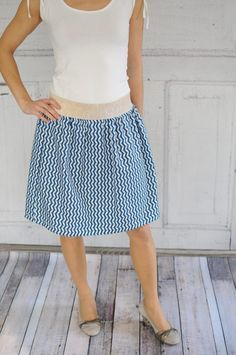 Baby Knitting Patterns Clothes DIY instructions: Sew classic skirt without sewing pattern Baby Knitting Patterns, Sewing Patterns Free, Clothing Patterns, Free Pattern, Pattern Sewing, Sewing Projects For Beginners, Knitting For Beginners, Diy Projects, Beginner Crochet