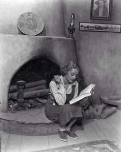 Bette Davis and a book
