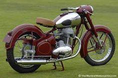 1952 Jawa motorcycle--dad has a Jawa, its my fav! European Motorcycles, American Motorcycles, Vintage Motorcycles, Cars And Motorcycles, Vintage Cycles, Vintage Bikes, Motorcycle Engine, Motorcycle Design, Classic Motors