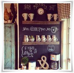 Mutfak-dekorasyonunda-kara-tahta-kullanimi-evde-kara-tahta-yapimi-www.dekorasyon.xyz--kara-tahta-yapimi-dekoratif-kara-tahtalar-kara-tahta-boyasi-sonsuz-kara-tahta(5)