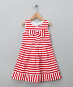 I'm not a fan of wearing princess dresses to Magic Kingdom but would totally put my girls in this. Love the red & white stripes! Perfect to go with a pair of mouse ears!