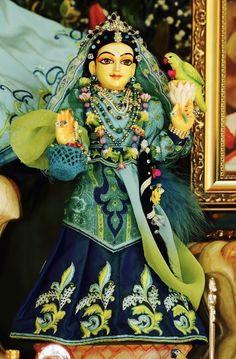 Sri Vrinda Devī.