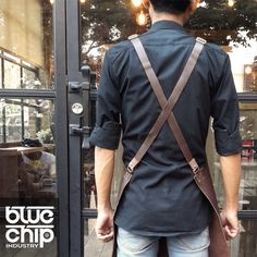 Genuine leather apron for Professional Barista. Very useful for fast running coffee working to avoid coffee & milk splash and keep main shirt still clean. Ergonomic, fashionable, and easy to clean.