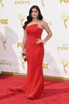 Ariel Winter attends the 67th Annual Primetime Emmy Awards at Microsoft Theater on September 20, 2015 in Los Angeles, California.