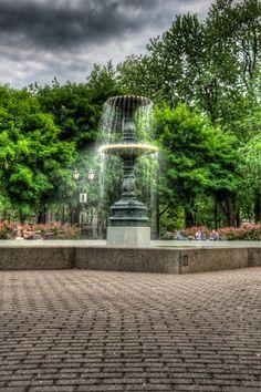 Carré Saint-Louis Square, Montreal, Quebec, Canada