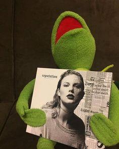 Estilo Taylor Swift, Long Live Taylor Swift, Taylor Swift Pictures, Taylor Alison Swift, Kermit, Musica Pop, Taylor Swift Wallpaper, Swift 3, Music Memes