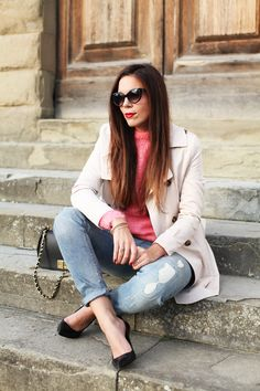 A casual daytime look today with comfy denim and a trench