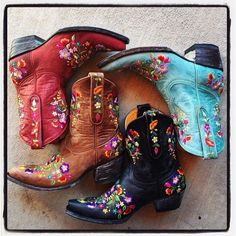 YES PLEASE !!!! ♡ THEM ALL Boots