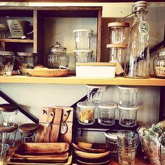 いいね!82件、コメント1件 ― hammockさん(@hammock_sv)のInstagramアカウント: 「#kitchen#kitchentool#glass #キッチン#収納#ガラス#ボトル#新生活 #ウッドトレイ#ギフト#食器#ho#hammock #osaka #和泉市#大阪#雑貨屋#雑貨」