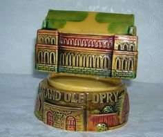 Grand Ole Opry Music Box  * Plays The Tennessee Waltz * Vintage 70's Souvenir