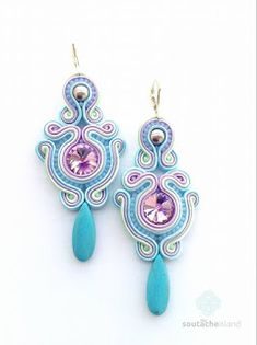 nice my Soutache Island Shibori, Tutorial Soutache, Fabric Jewelry, Beaded Jewelry, Handmade Necklaces, Handmade Jewelry, Soutache Earrings, Glass Necklace, Beaded Embroidery