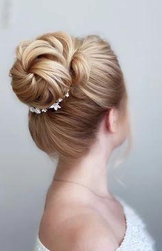 boho bridal hair   GALLERY Wedding Hair Updo With Veil, Bride Hairstyles With Veil, Messy Hairstyles, Headpiece Wedding, Natural Bridal Hair, Boho Bridal Hair, Wedding Hair And Makeup, Hair And Makeup Artist, Hair Makeup