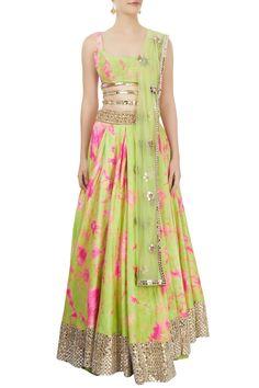 Shop Akanksha Gajria - Green & pink tie-dye lehenga set Latest Collection Available at Aza Fashions Lehenga Designs, Kurta Designs, Blouse Designs, Indian Dresses, Indian Outfits, Mirror Work Lehenga, Simple Lehenga, Raw Silk Lehenga, Lehnga Dress