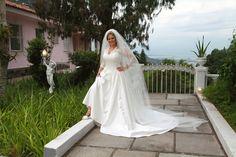 Noiva Tatiana Poubel/ Foto: Fredo / Cerimônia/Festa: Mansão Rosa, Alto da Boa Vista/ Data: 08/11/14
