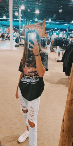 Trendy Fall Outfits, Cute Lazy Outfits, Casual School Outfits, Indie Outfits, Teen Fashion Outfits, Edgy Outfits, Retro Outfits, Simple Outfits, Summer Tomboy Outfits