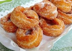 You searched for - Page 5 of 53 - Consejos y Recetas Mini Desserts, Dessert Recipes, Portuguese Recipes, Onion Rings, Bagel, Doughnut, Donuts, Biscuits, Good Food