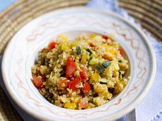 Wenn es mal schnell gehen muss. Gemüse-Quinoa - smarter - Kalorien: 254 Kcal - Zeit: 30 Min. | eatsmarter.de